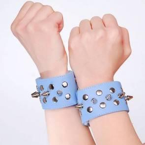 Напульсники голубые с шипами и заклепками 5016-5
