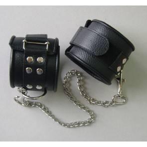 Оковы кожаные черные на липучках, соединенные цепочкой длиной 35см 3073-1